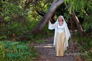 Linda E - Earth Bound Spirit Guide